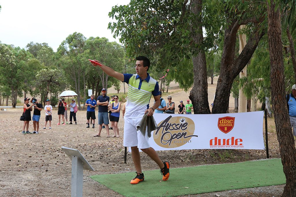 An image of Paul McBeth playing the Aussie Open