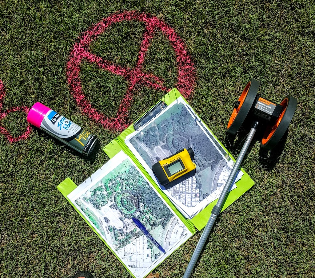 An image of tools use in designing disc golf course